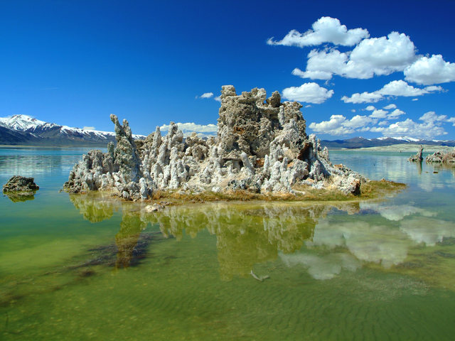 Little island on Mono Lake